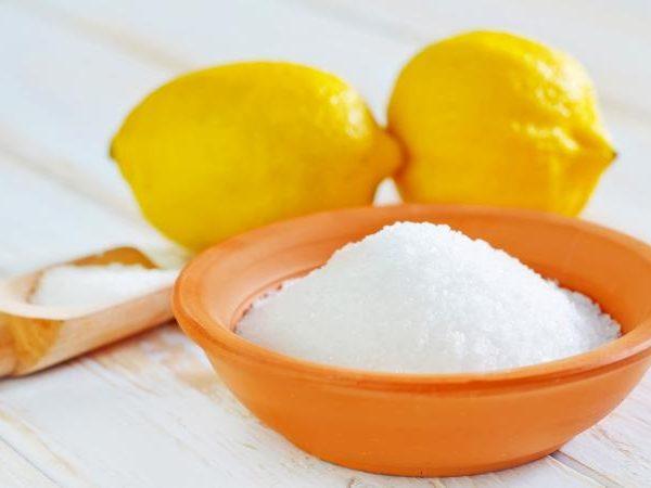 Moonshine-clarification-with-citric-acid[1]